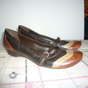 Mia 3 Tone Low Heel Shoe with Buckle - Size 7.5 M